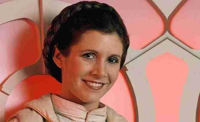"""1487339022 420 star wars viii el ultimo jedi nuevo papel de r2 d2 - Star Wars VIII """"El último Jedi"""" nuevo papel de R2-D2."""