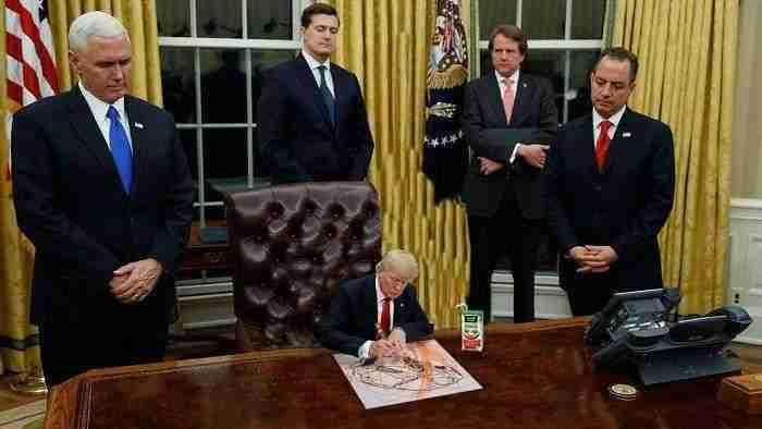 No se salga de las líneas, señor presidente