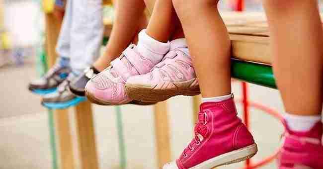 102a7acb79d ¿Sufres cuando les compras zapatos a tus niños  ¡Expertos revelan cómo  elegir la talla adecuada!