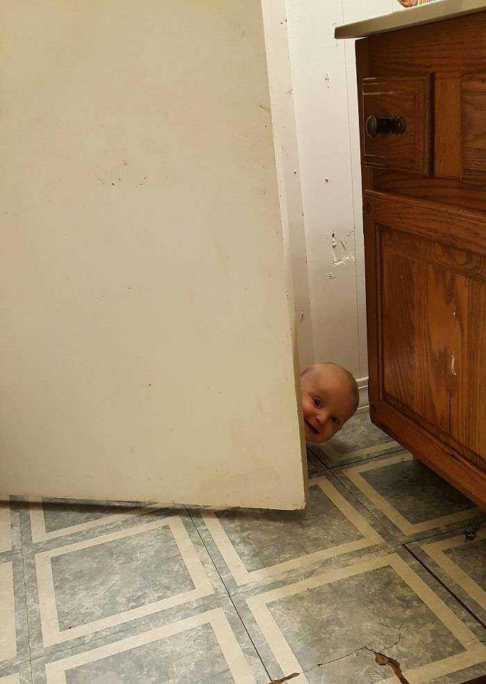 Fui al baño y olvidé cerrar la puerta
