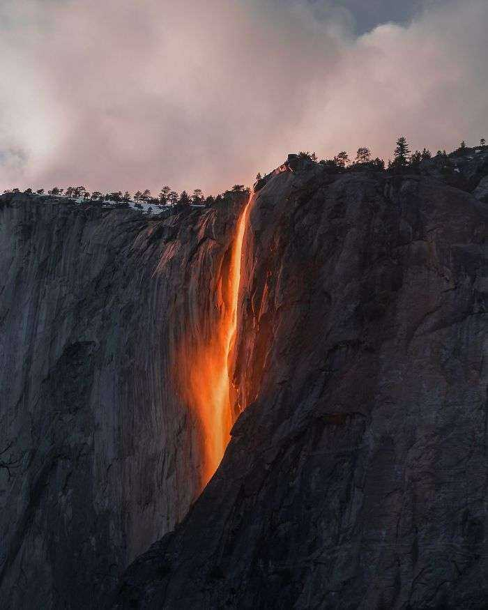 Cascada de fuego en el Valle de Yosemite, Sarah Bethea