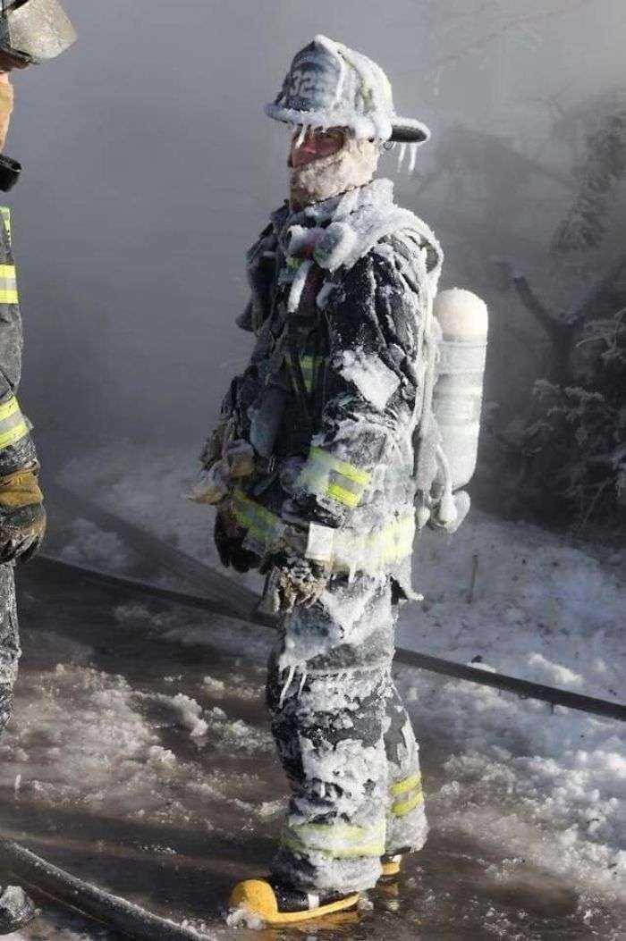 1549288775 322 40 fotos que muestran el frio de locura que estan sufriendo en eeuu ahora mismo - 40 Fotos que muestran el frío de locura que están sufriendo en EEUU ahora mismo