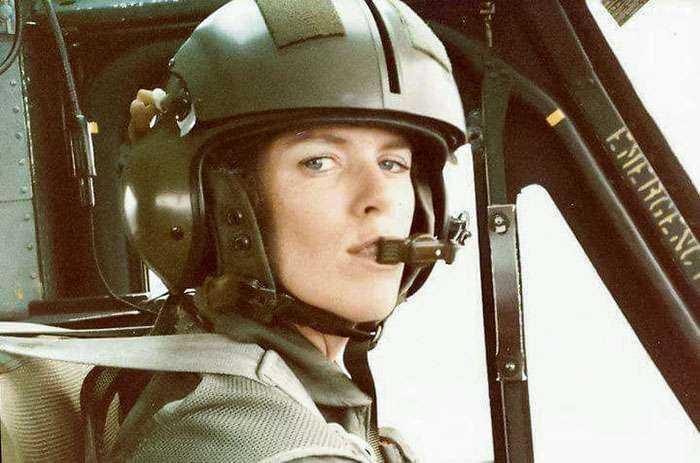 Mi madre pilotaba helicópteros para el ejército en los 80