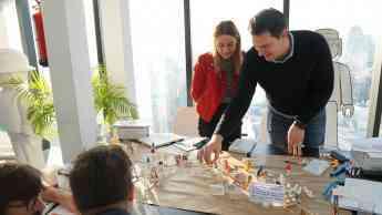 actitud creativa se convierte en partner oficial de playmobil pro - Actitud Creativa se convierte en partner oficial de PLAYMOBIL pro