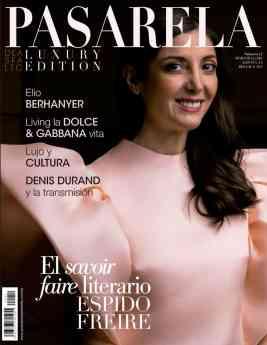 801 espido freire se convierte en portada de la revista pasarela de asfalto - Espido Freire se convierte en portada de la revista Pasarela de Asfalto